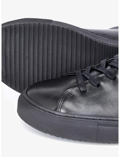 Low-top Leather Sneakers Black