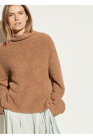 TEDDY FUNNEL NECK PULLOVER