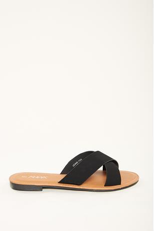 Crisscross Strap Sandals BLACK