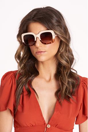Big Square Frame Sunglasses LIGHT BROWN