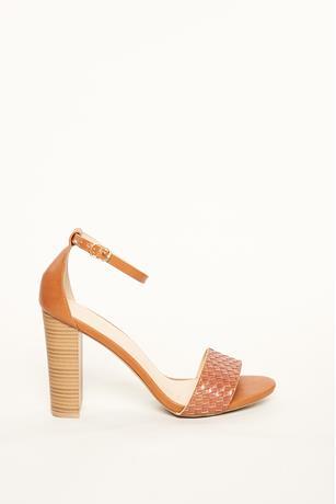 Textured Strap Wood Heels COGNAC