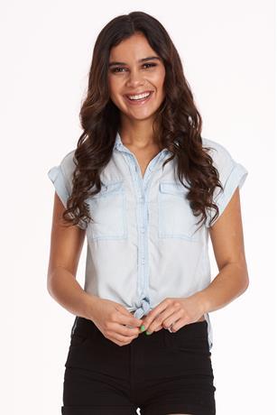 Denim Cuffed-Sleeve Shirt LIGHT WASH
