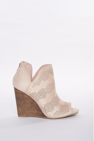 Perforated Wedges BEIGE