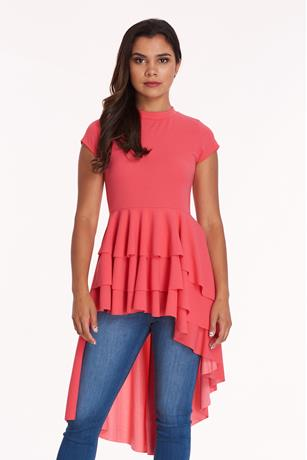 RUFFLE BOTTOM HIGH LOW TOP