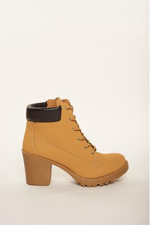 Construction Ankle boots