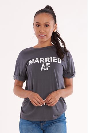 Married Graphic Tee CHARCOAL