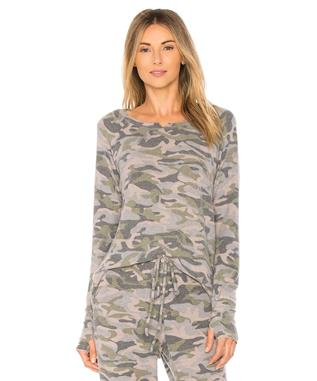 MADISON BRUSHED CAMO NECK HI-LOW TEE ARMY GREEN