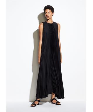 SMOCKED DRESS BLACK