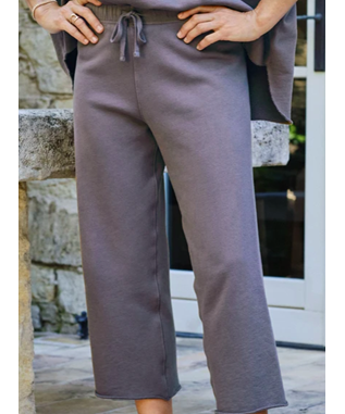 CROPPED WIDE LEG SWEATPANT