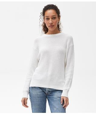 MAGGIE CREW NECK PULLOVER WITH SLITS