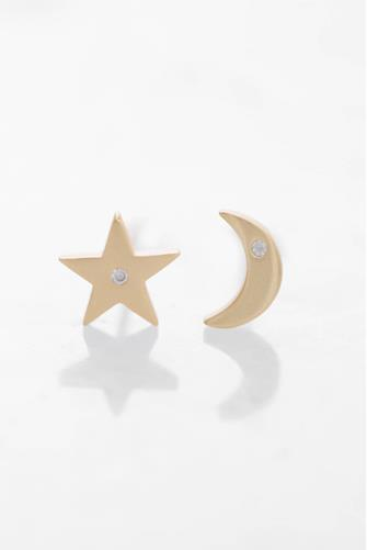 Simple Star & Moon Gold Earrings GOLD