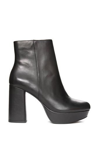 Grate Black Leather Bootie BLACK
