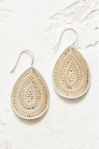 LARGE DOTTED TEARDROP-GOLD GOLD