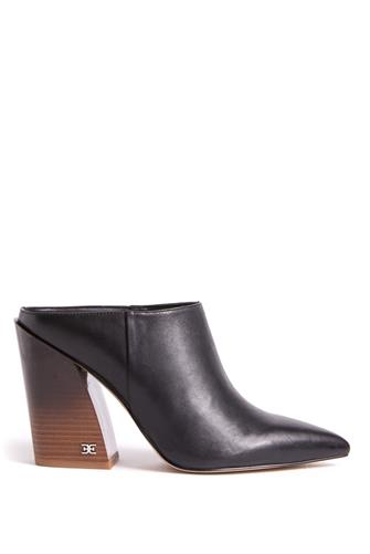 Reverie Pointed Toe Mule BLACK