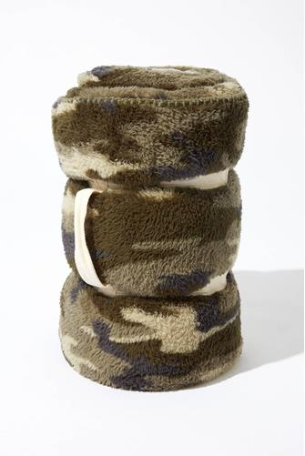 Camo Sherpa Lined Cozy Blanket CAMO