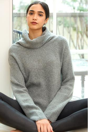 Hi-Lo Marled Turtleneck GREY