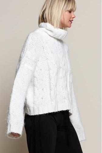 Cableknit Eyelash Turtleneck Sweater WHITE