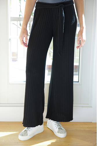 Ribbed Easy Belted Wide Leg Pull-On Pant BLACK