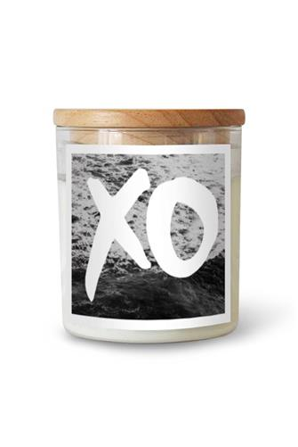 XO Hudson Valley Candle 21.2 oz. CLEAR