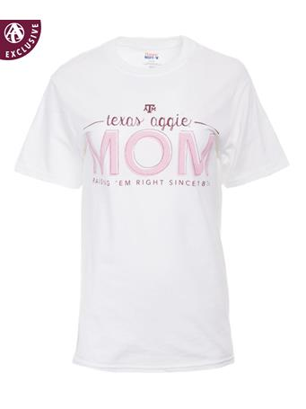 Texas A&M Mom Raisin' 'Em Right T-Shirt