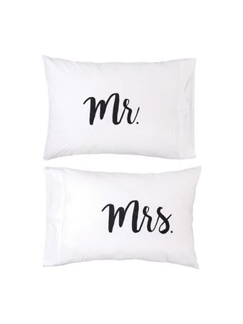 C&F - Mr. and Mrs. Pillowcase Set WHITE
