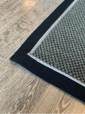 SIGNATURE DESIGN - Woven Sisal Rug With Solid Binding - Assorted Sizes BLACK/GREY