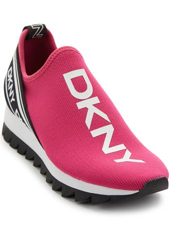 DKNY - Abbi Slip On Sneaker FUCHSIA