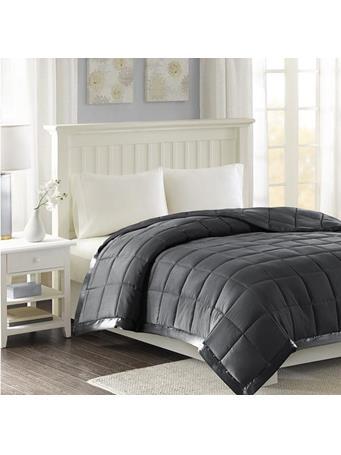 Blanket Windom Micro Fibre Down Alternative  {#color}