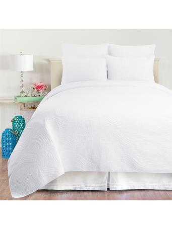 C&F - Tranquil Waves Quilt Set WHITE