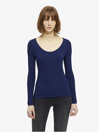 Naeba Drapy Ribbed Top