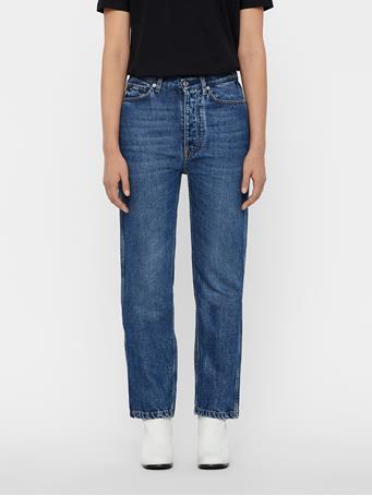 Beltran Beyond Jeans