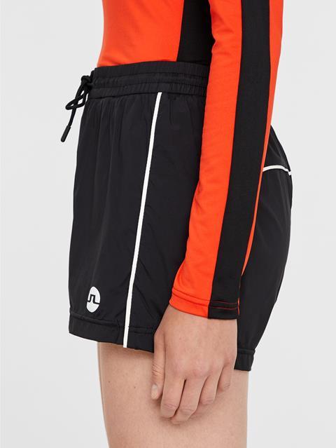 Womens Maise Stretch WindPro Shorts Black