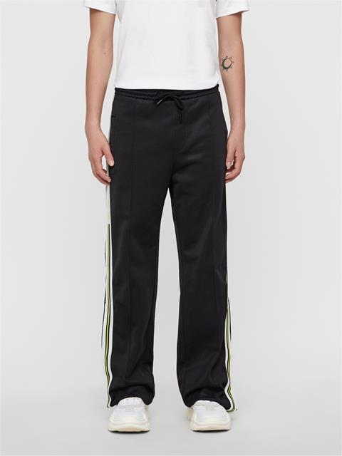 Mens Tavin Wide Leg Track Pant Black