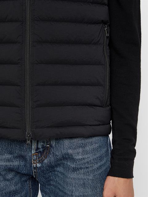 Mens Ease Down Vest Black