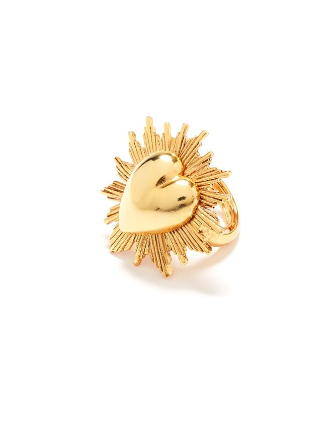 Sacred Heart Ring  Gold