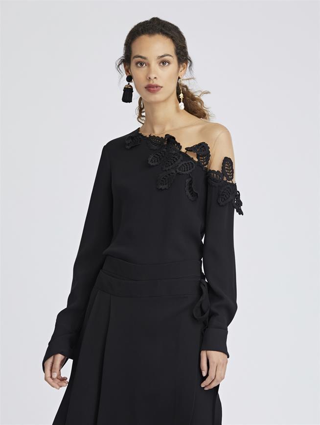 Leaf-Embroidered Stretch-Silk Georgette Blouse Black