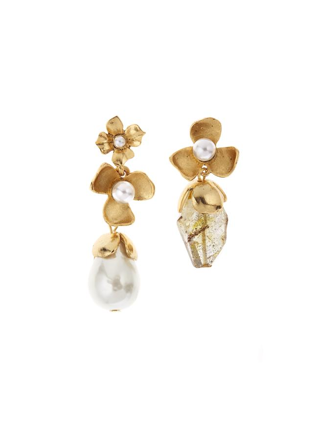 Pearl Flower Earrings Gold