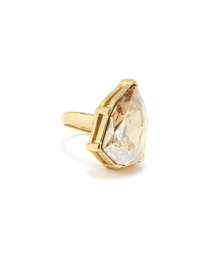 Gallery Crystal Ring Cry Gold Shadow