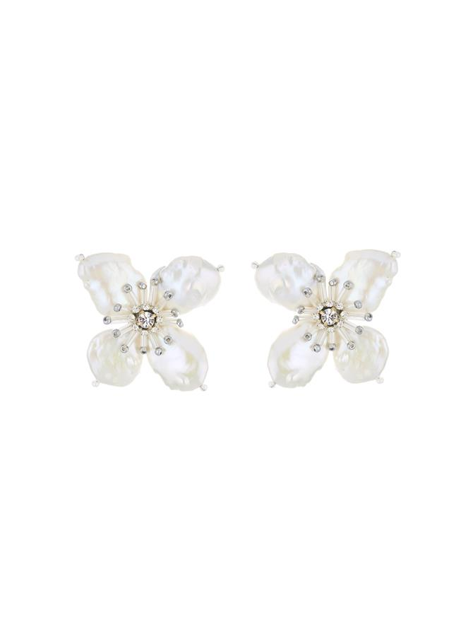 White Pearl Flower Earrings White Pearl